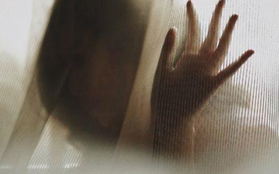 Parisuhdeväkivalta on paljon muutakin kuin lyömistä